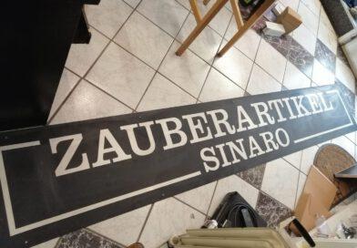 "Original ""Zauberartikel Sinaro"" Schild abzugeben."